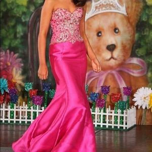 Fuchsia mermaid prom pageant gown hot pink